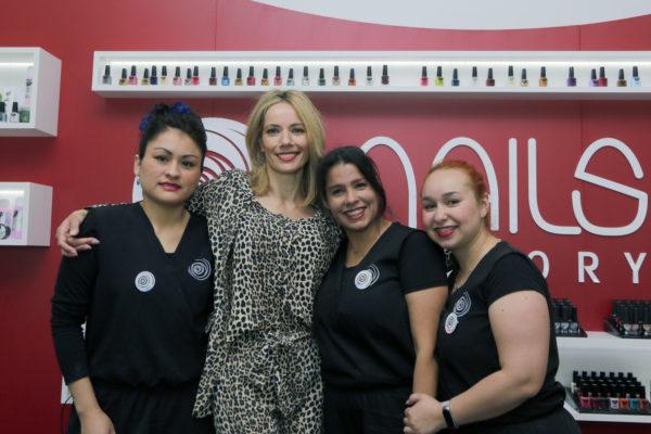 Celia, dueña de la franquicia Nails Factory en Colmenar