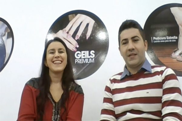 Ioana gestiona 4 centros Nails Factory en Alicante